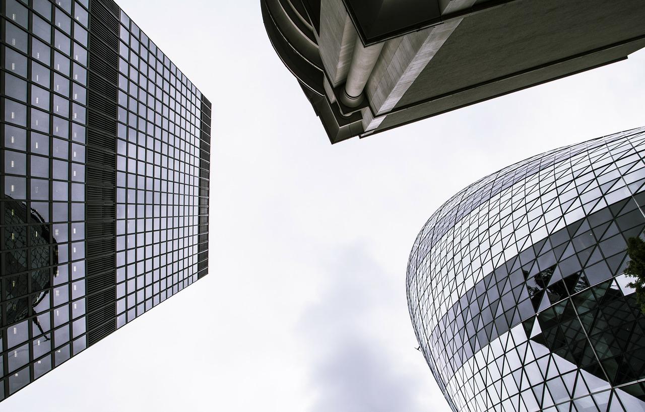 Membrany dachowe: nowoczesne rozwiązania na dachy